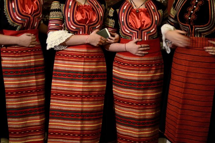bulgarian traditional costumes